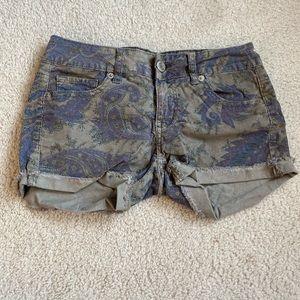 AE Paisley Corduroy Shorts Size 0
